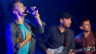 Coldplay, la corazzata rock si offre in streaming -   foto