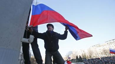 Ucraina, Yanukovich ricompare   liveblog   A Sebastopoli russo lingua ufficiale