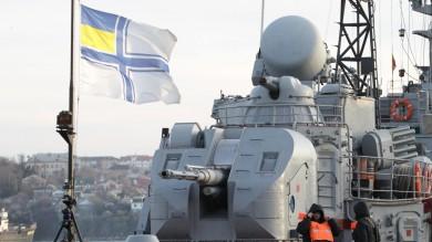 Premier Crimea: flotta ucraina è nostra La Francia minaccia sanzioni   liveblog