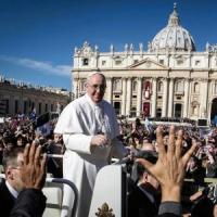 Tutti i numeri di Francesco: il pontificato dei record per fedeli alle udienze e follower su twitter di ANDREA GUALTIERI