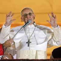 Francesco, primo anniversario lontano dal Vaticano