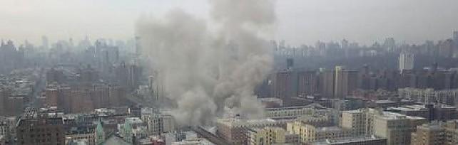 Esplosione a New York, undici feriti   diretta tv   Crolla edificio a Manhattan /   Foto  Twitter    video