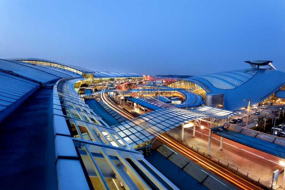 Atterrare è un piacere: i dieci migliori aeroporti del mondo
