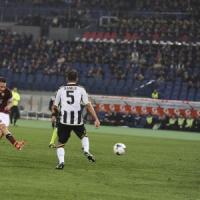 Roma-Udinese 3-2, Totti e De Sanctis rilanciano i giallorossi
