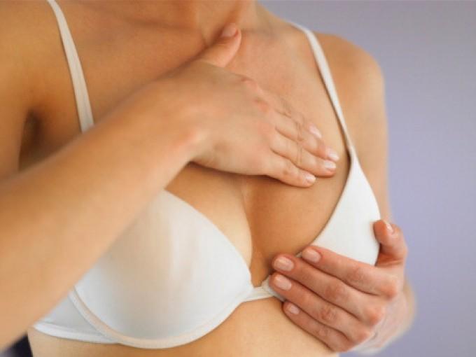 Tumore seno, fare sport riduce rischio del 12%