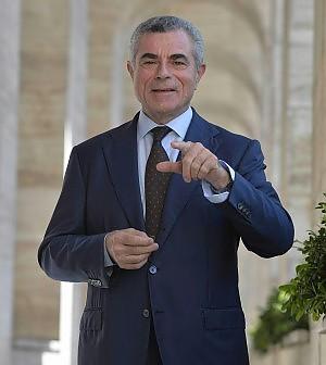 Moretti, dal 2006 alla guida delle Fs, tra licenziamenti e contributi di Stato