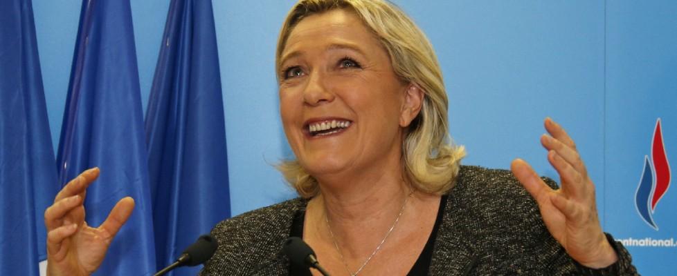 Elezioni comunali in Francia, vince la destra, trionfo Le Pen. Pesante sconfitta per i socialisti