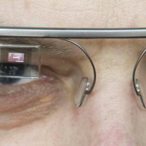 """Lo stile italiano di Luxottica per Google Glass più """"cool"""""""