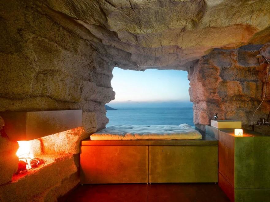 Un sasso con vista mare la casa comfort di pietra for La pietra tradizionale casa santorini