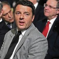 """""""Premier revocherà ministri"""". Renzi e Forza Italia d'accordo. Oggi abolizione province"""