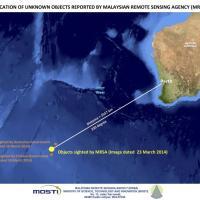 Malaysian, aereo disperso: trovati 122 oggetti in mare