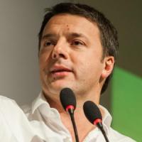 """Renzi ai parlamentari Pd: """"Scardiniamo il vecchio sistema"""". E detta i tempi su riforme e edilizia scolastica"""