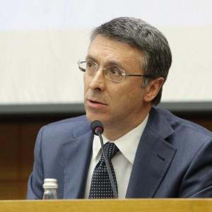 Cantone presidente dell'Anticorruzione. E Renzi twitta: bene così