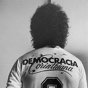 Socrates, colpi di tacco e impegno civile: il Dottore del popolo