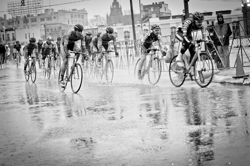 Risultati immagini per foto di una terribile caduta in bici