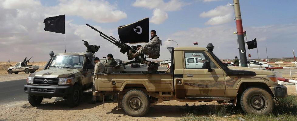 """Fra le tribù del petrolio. """"Mezza Libia è nostra"""""""