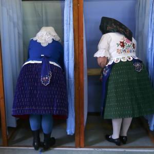 Ungheria al voto. Favorito il premier Orban, incognita neonazisti