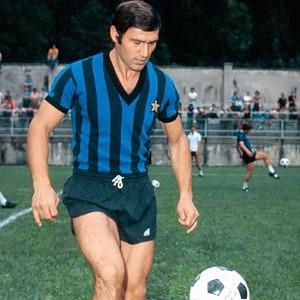 """Tarcisio Burgnich, <br />la Roccia che saltò con Pelé: <br />""""Il mio calcio senza creste"""""""