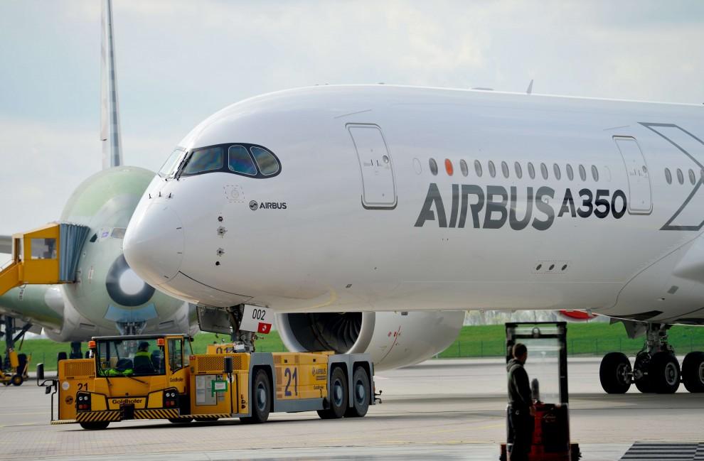 Airbus A350: ecco il nuovo aereo, si vola nel lusso
