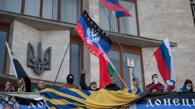 Ucraina, occupazioni filorusse nell'est   vd   Proclamata l'indipendenza, referendum