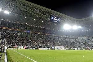 Curve ridotte, no dell'Uefa Euro 2020: Roma candidata