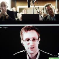 """Snowden: """"Nsa voleva spiare i religiosi conservatori per screditarli"""". Sott'occhio anche Amnesty"""