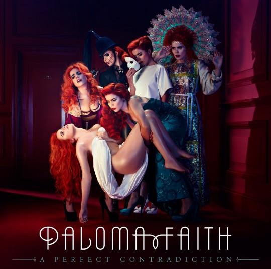 """Paloma Faith, la """"perfetta contraddizione"""": """"Con la musica recito il mio film surrealista"""""""
