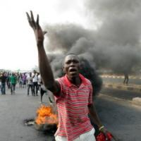 """Nigeria, stragi di civili, aggressioni e sequestri per """"vietare l'educazione occidentale"""""""