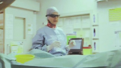 I chirurghi operano coi Google Glass E' la prima volta in Italia   Video   -   foto