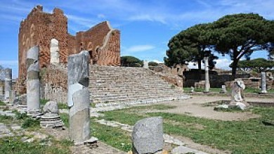 "Scoperta Ostia antica ""segreta""   video"