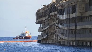 """Concordia, Gabrielli gela i porti italiani: """"Conviene smantellarla in Turchia"""""""