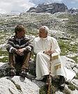 Lo sciatore, il Papa buono: il boom di Wojtyla e Roncalli nelle fiction tv