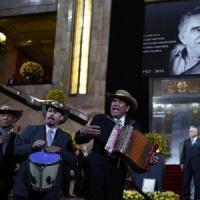 Garcia Marquez, a migliaia per l'ultimo saluto