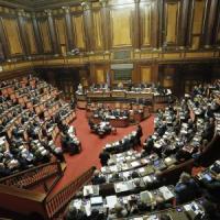 Riforma Senato, le cinque differenze tra i ddl di governo e Chiti