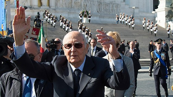 """25 aprile, Renzi: """"Grazie ai ribelli di allora"""". Napolitano: """"La Resistenza fu un popolo in armi"""""""