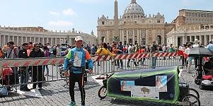 La corsa per Wojtyla  del maratoneta polacco  di GIORGIA GRIFONI
