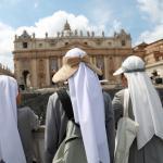 Il giorno dei due Papi: le foto dei lettori /1