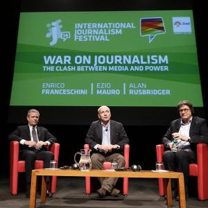 """La guerra al giornalismo da Londra a Roma. Ezio Mauro: """"Dare un nome ai fatti"""". Il Guardian: """"è pubblico servizio"""""""