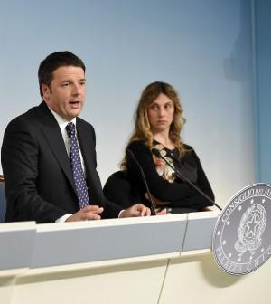 """Renzi avvia la riforma Pa su tre pilastri: """"Capitale umano, tagli e open data"""""""