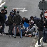 """Tifoso ferito, intervento ok. Arrestato ultrà della Roma. La polizia: """"Ha provocato e poi sparato"""""""