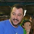 """Pontida, l'esordio di Salvini """"Renzi megalomane   video   e Le Pen meglio di Merkel"""""""