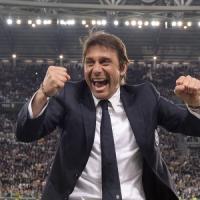 Juventus, ingaggio super e nuovi acquisti per convincere Conte. Vidal si opera al menisco