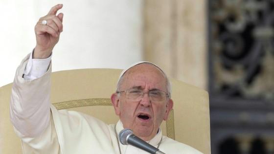 """Papa Francesco: """"Sacramenti anche ai marziani. Chi siamo noi per chiudere le porte?"""""""