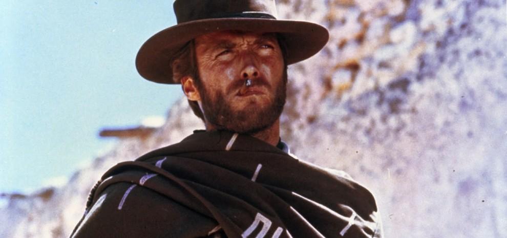 """A Cannes la """"trilogia del dollaro"""", Eastwood restaurato tra ciak ed errori sul set"""