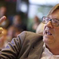 """Guy Verhofstadt: """"Barroso ha sbagliato, ha dato troppo potere alla Merkel"""""""