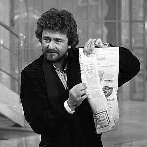 """Grillo pronto ad andare da Vespa: """"Gli porto un plastico, se non l'accetta mi offendo"""""""