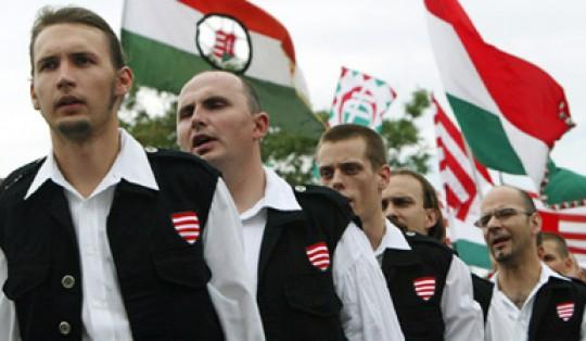 Europopulismi, l'incubo dei nazisti di Jobbik in Ungheria