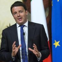 """Europee, Renzi: """"Sondaggi ottimi, vincerà il Pd. Grillo e Berlusconi due miliardari"""""""