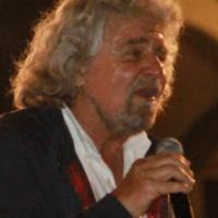"""Grillo: """"Processo popolare per giornalisti, imprenditori e politici"""""""