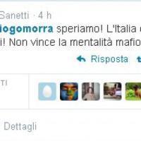 RNews, Twittertime: #addiogomorra
